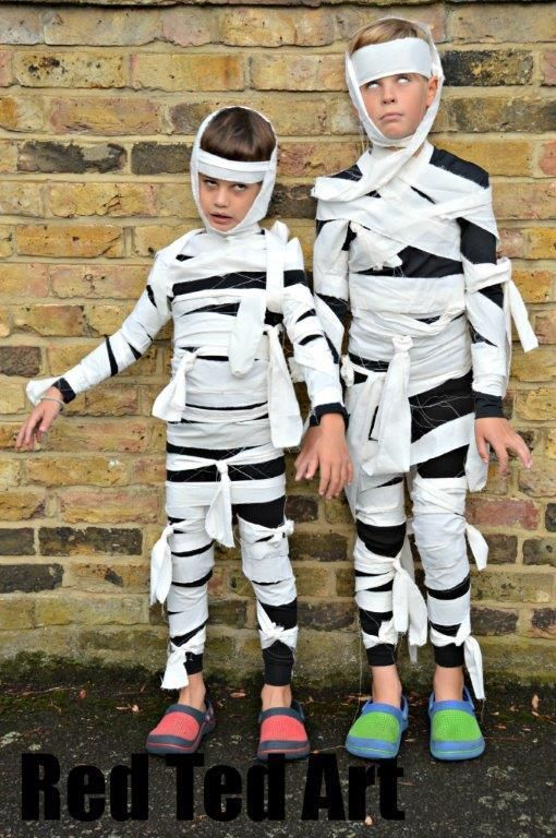 DIY Tutorial DIY BOYS HALLOWEEN COSTUMES / Halloween Costumes Kids Can  Make Mummies , Bead\u0026Cord