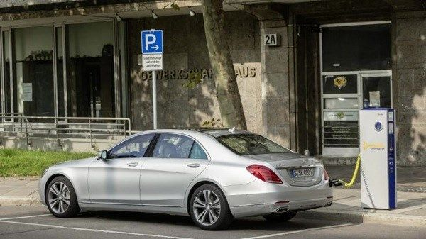 Mercedes S550 hybrid - Sedan hạng sang, công nghệ đỉnh cao - ảnh 2