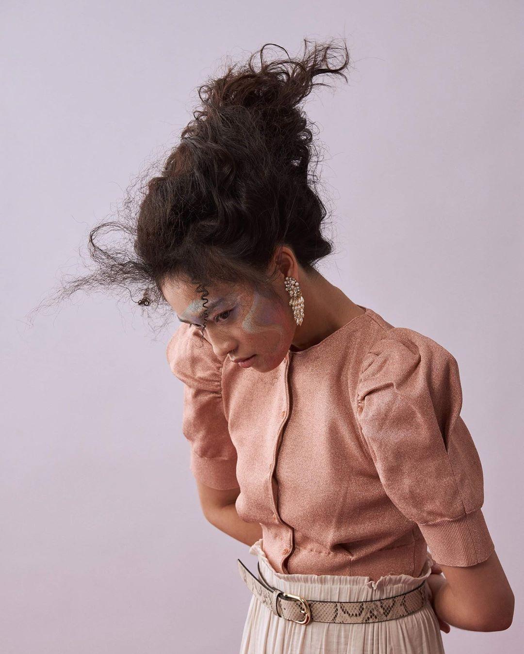 📷BE A _ GIRL👩🏻 Make up&Hair/ YUWEI LIU Styling/ NAIYU YU Model/ VERNA Shot by me.