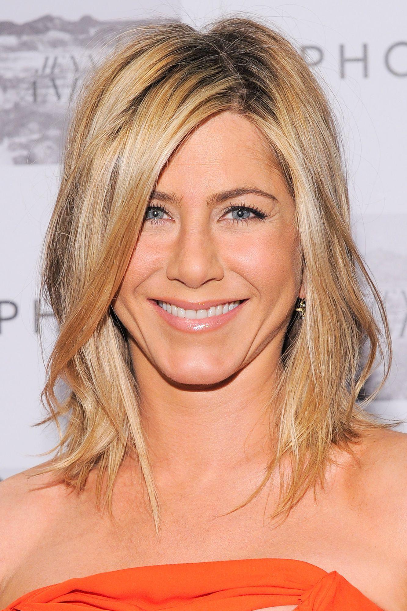 50 of Jennifer Aniston s Greatest Hairstyles
