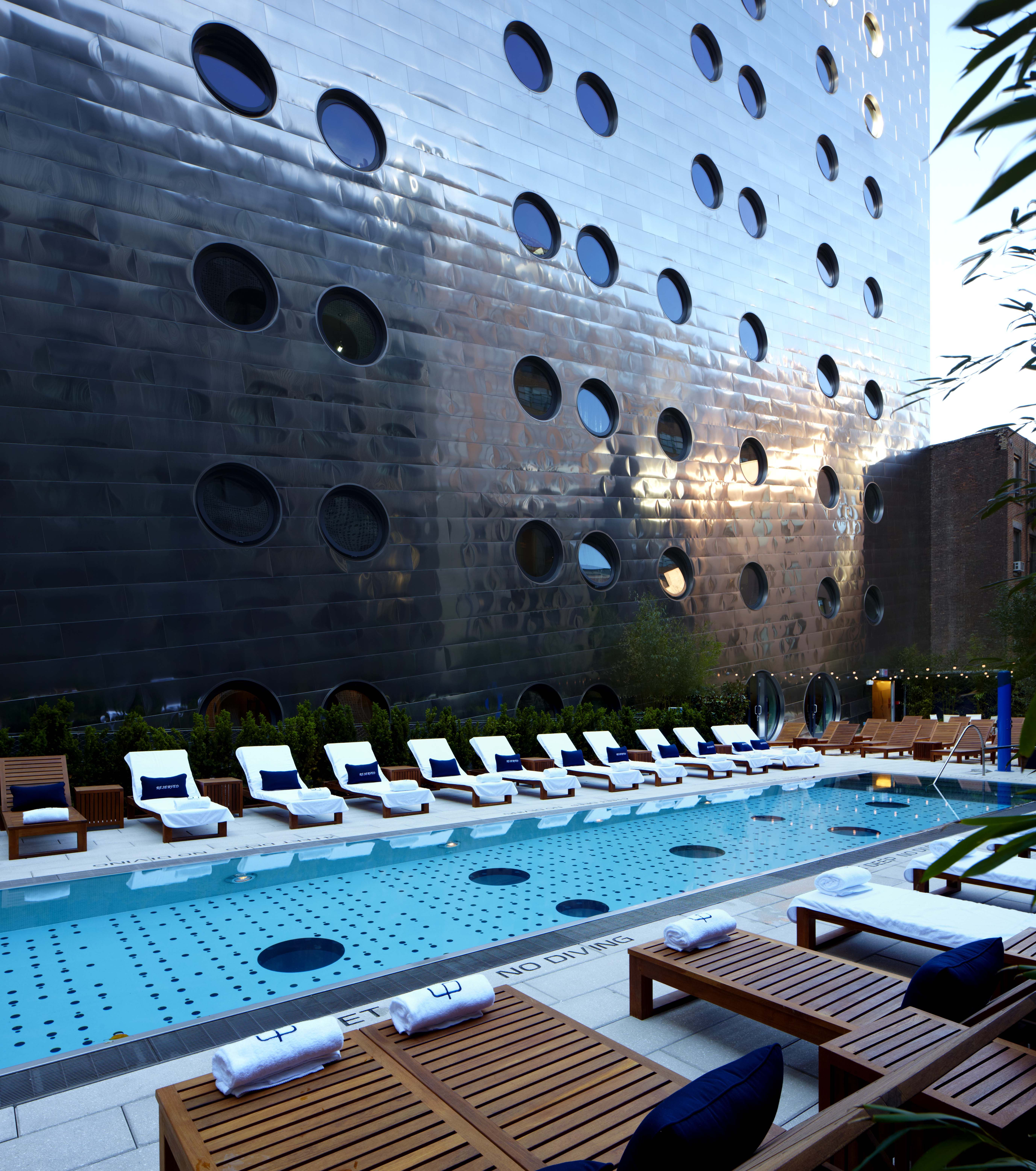 Editors Picks Dream Pooream Downtown Nycdowntown Hotelssandsnew