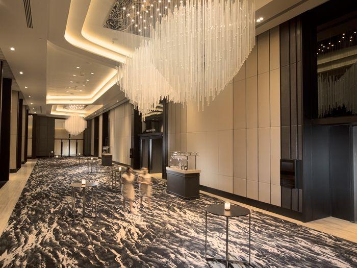 Conrad manila hotel philippines ballroom foyer for Hotel foyer decor