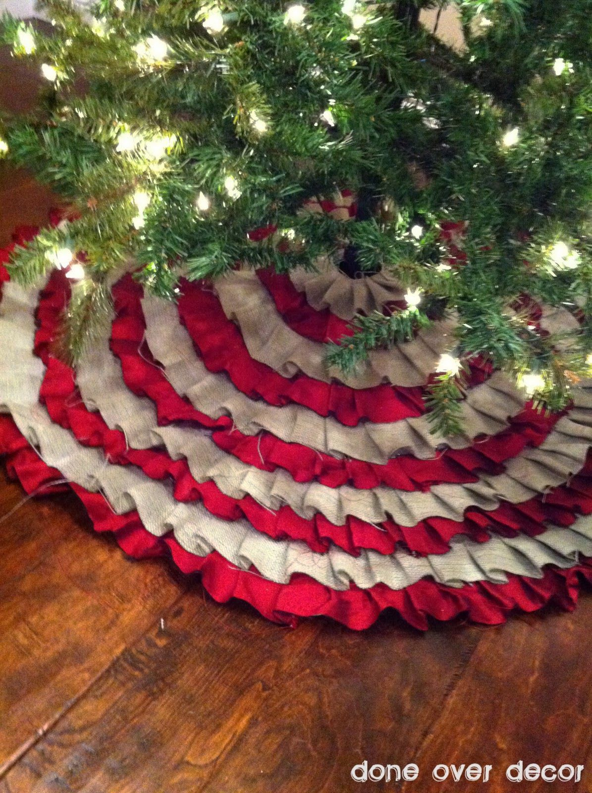 "No Sew Tree Skirt.......old tree skirt, 2"" strips of fabric, and glue gun."