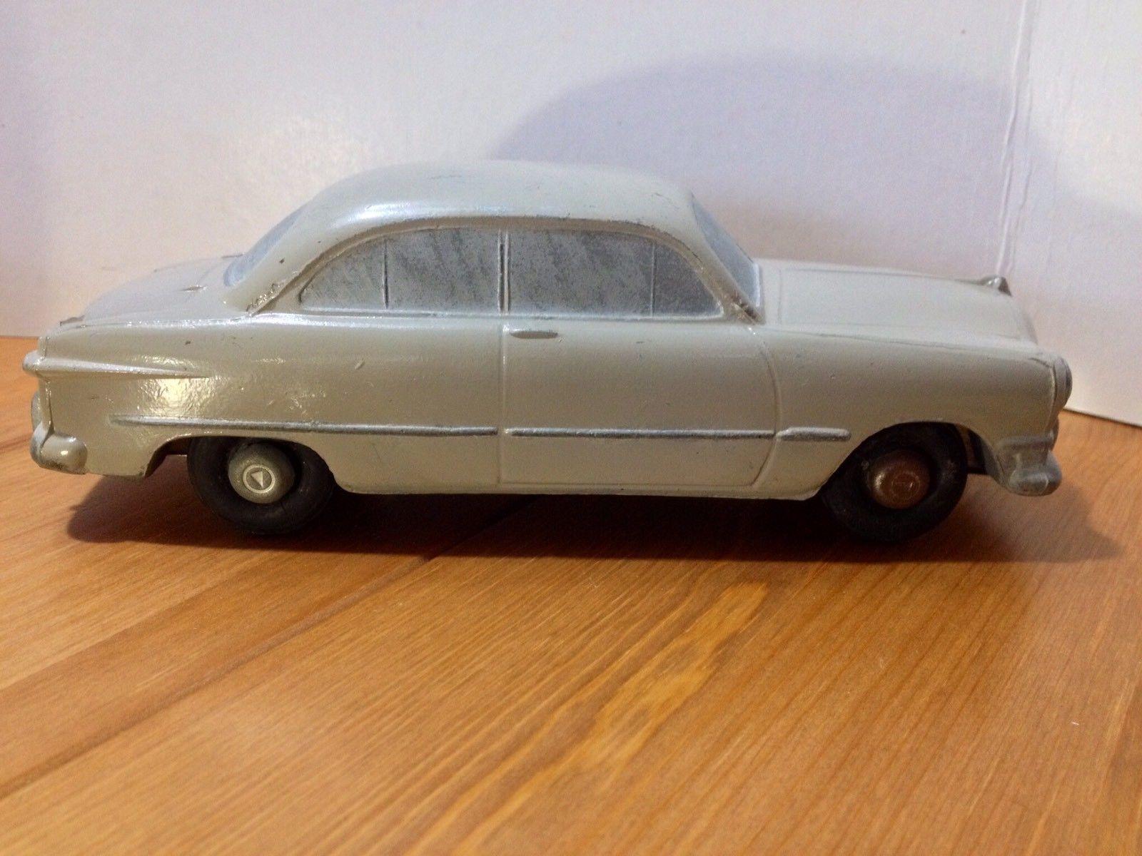 1950 Ford Custom 2 Door Sedan Master Caster Beige Promotional Model Car Model Scale Models Cars