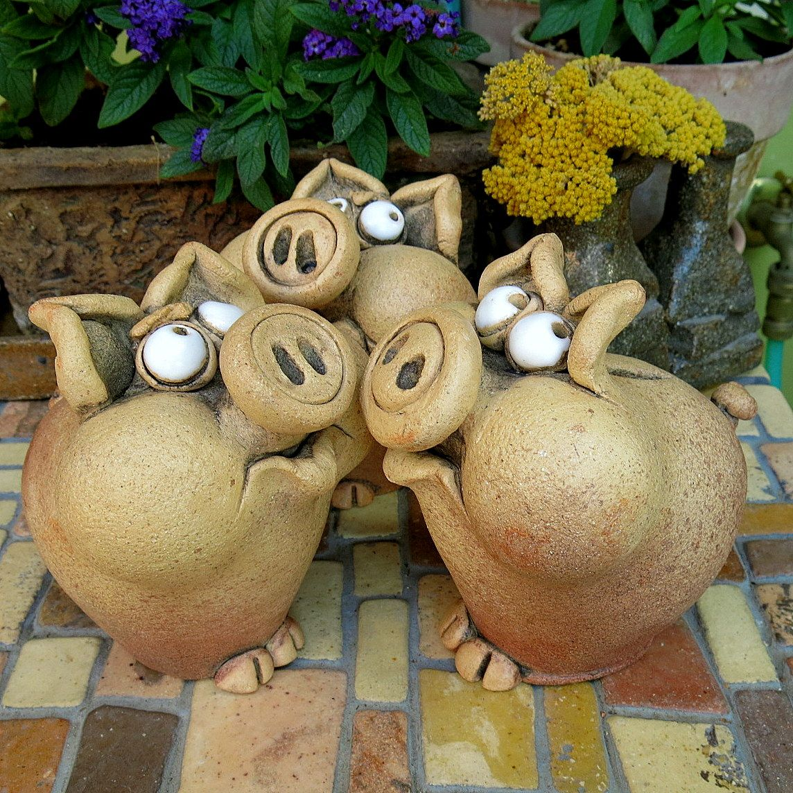 Spo iv u as animal figures pinterest pottery clay for Making paper mache animals