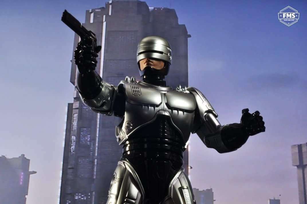 Robocop The Future Of Law Enforcement Hot Toys Figure Toy