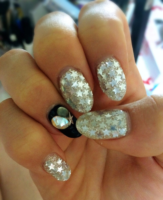 Shining Star Diamond Earrings Shining Star Nails