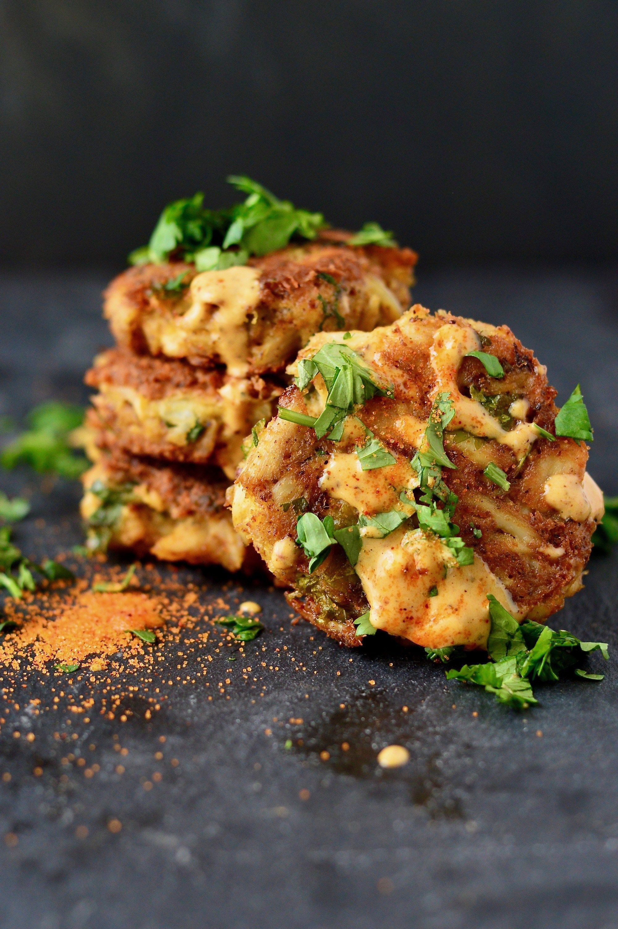 Gluten free crab cakes with old bay aioli dana monsees