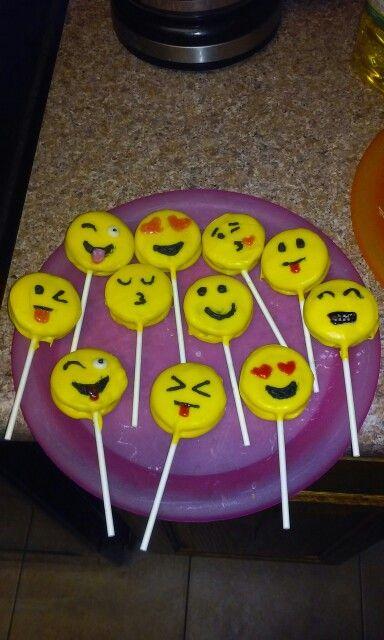 Emoji Oreo Pops My Baking Experiments Oreo Pops Oreo