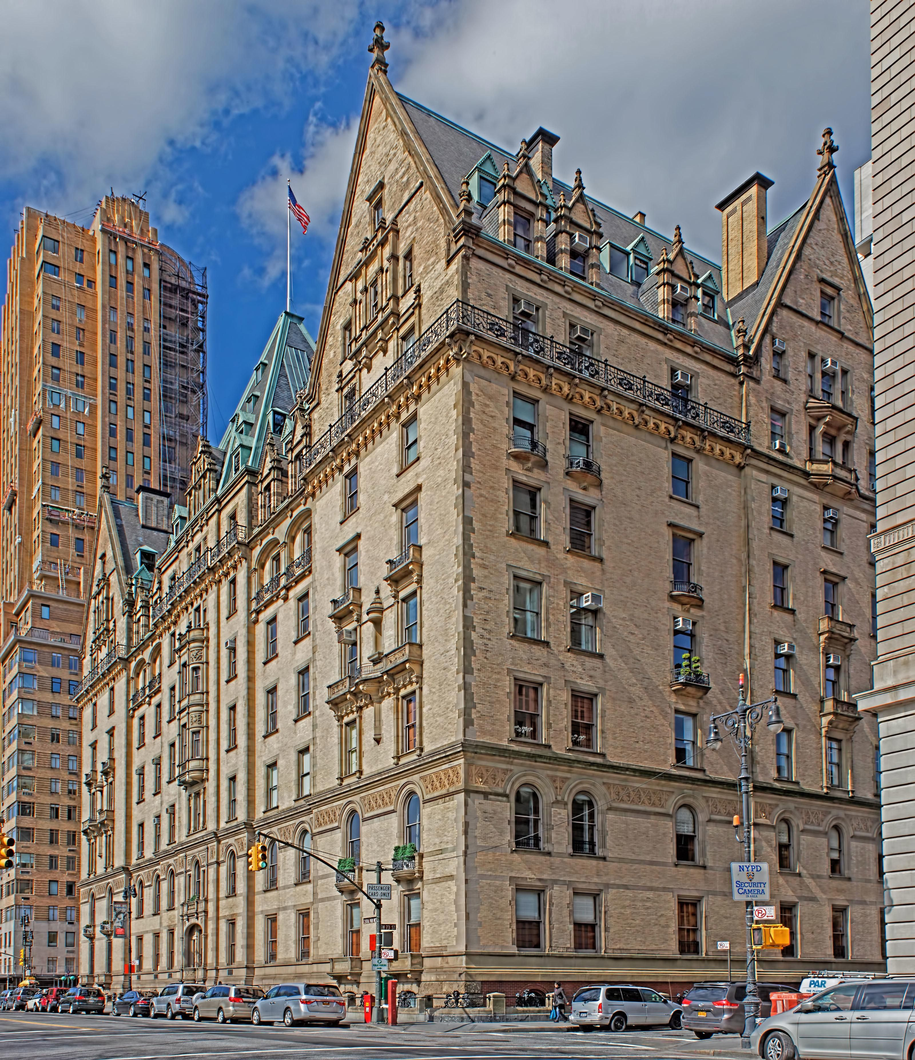 Go Inside New York S Most Famous Apartment Building