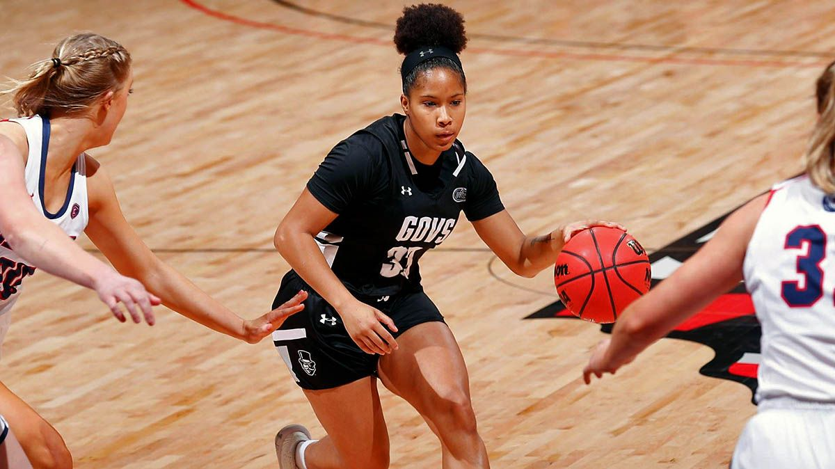 Austin Peay State University Women S Basketball Comes Up Short Against Belmont In 2020 Austin Peay State University Womens Basketball Basketball