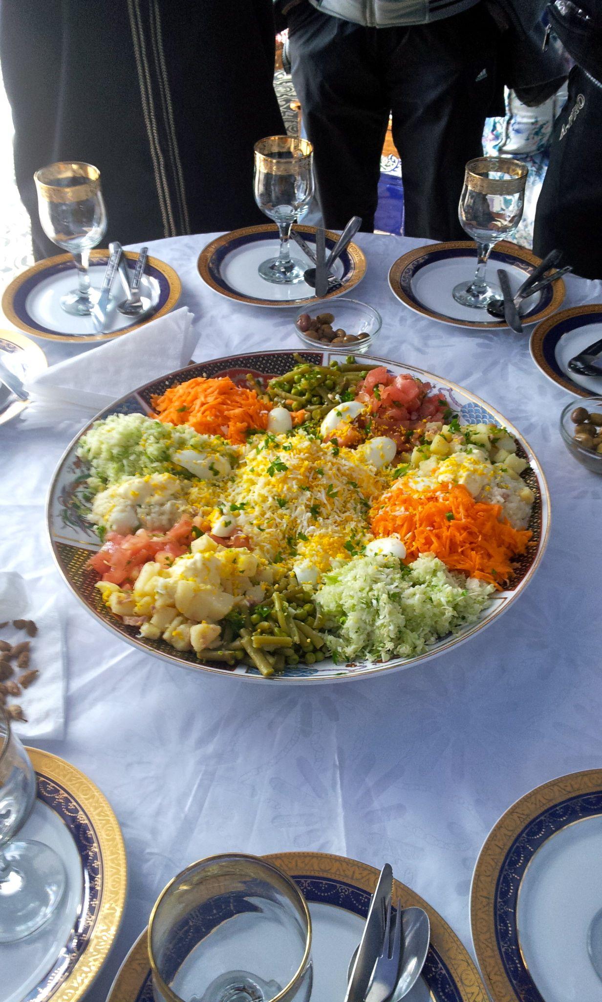 moroccan salad fresh n yum mmmmmh pinterest salat essen und marokkanisch. Black Bedroom Furniture Sets. Home Design Ideas
