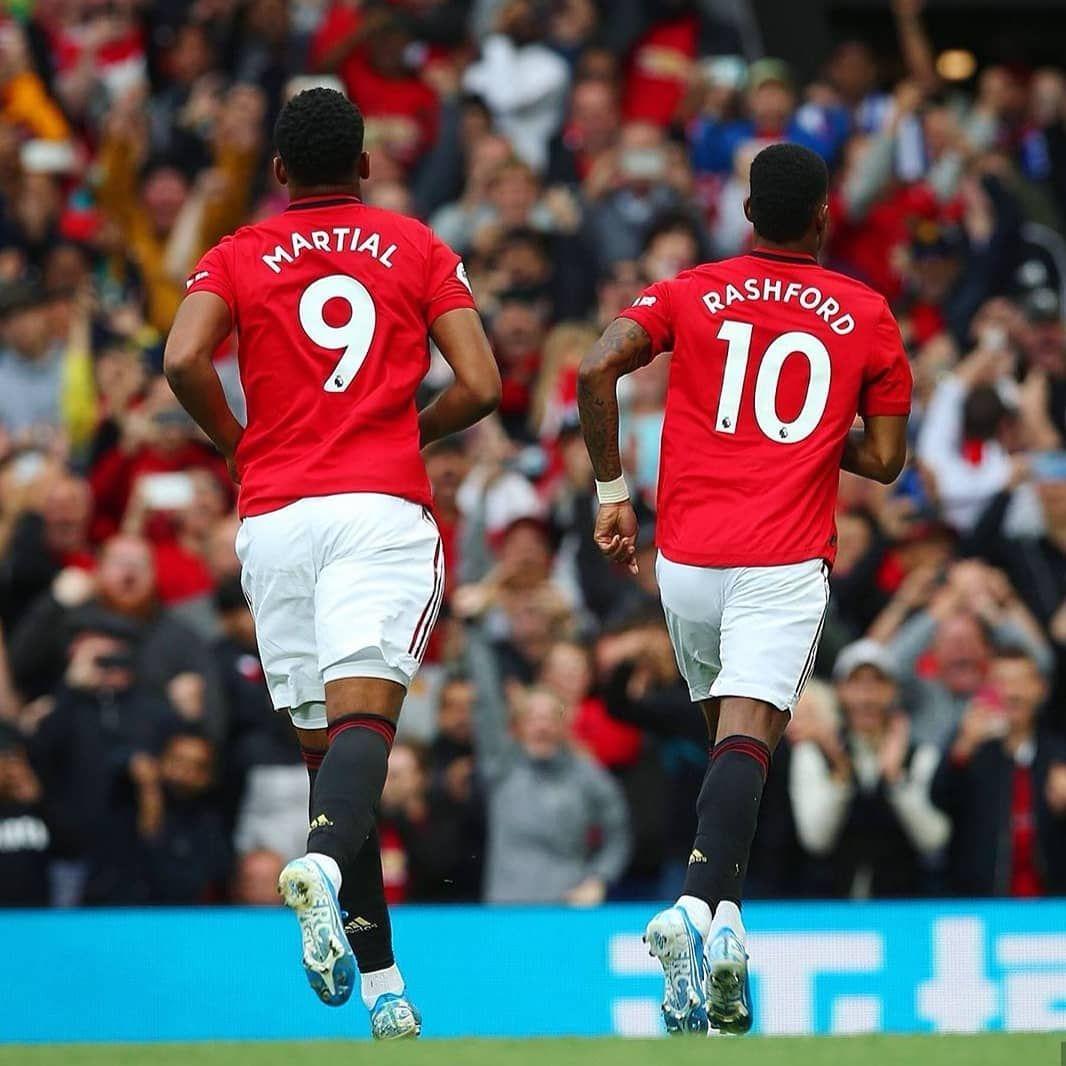 Ow Many Goals Will They Score This Season Marcusrashford Martial 9 Manc Manchester United Manchester United Premier League Manchester United Players