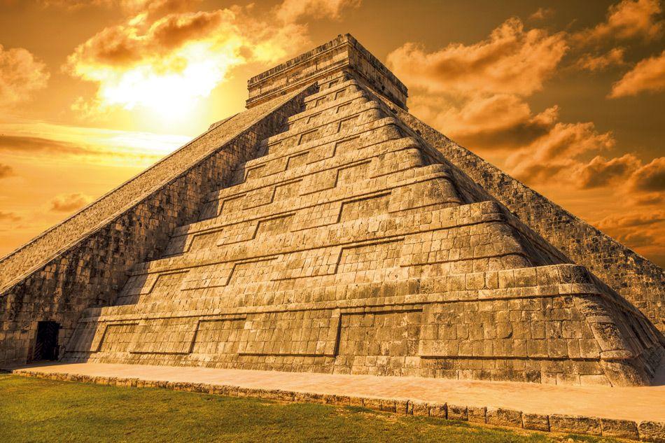 Ciudad prehispánica., centro de culto. http://soy.ph/ChichenItza_ViajesPin #ChichenItzá #Yucatán #ViajesPalacio