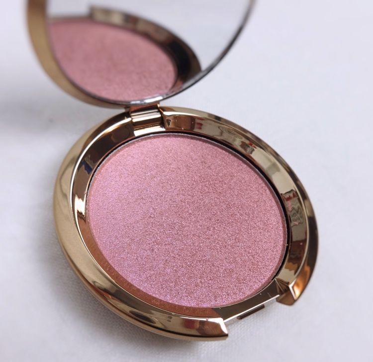 Becca Light Chaser Highlighter For Face and Eye & Liquid Crystal Glow Gloss | Lenallure