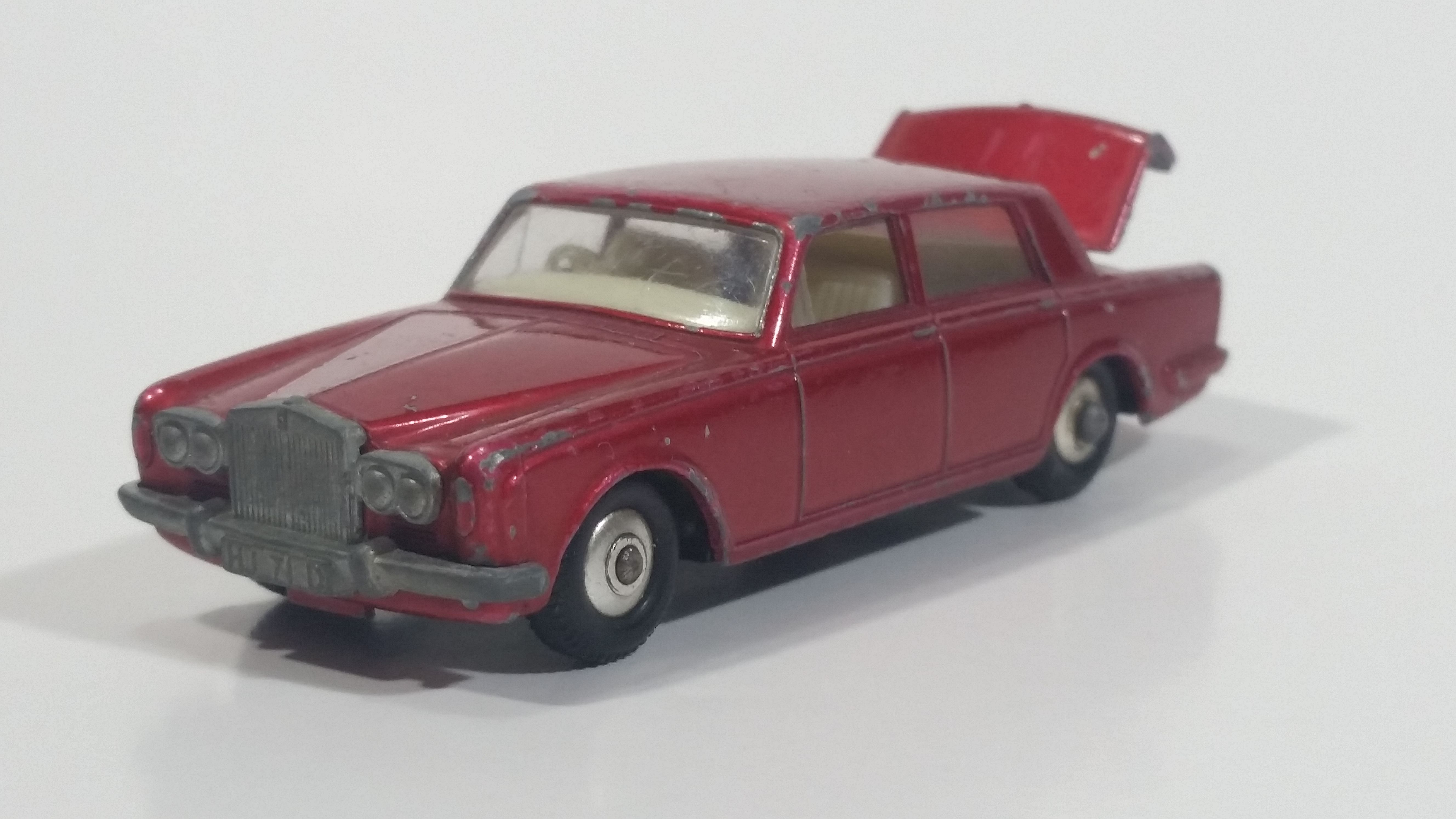 Vintage Lesney Products Matchbox Rolls Royce Silver Shadow Red No 24 Die Cast Toy Car Vehicle With Opening Trunk Toy Car Rolls Royce Silver Shadow Rolls Royce
