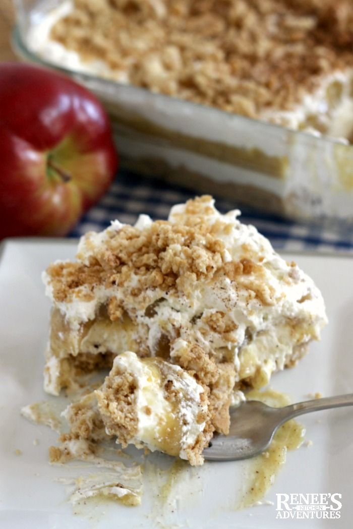 Apple Cinnamon Oreo Delight | Renee's Kitchen Adventures - easy, no bake dessert recipe full of apple and cinnamon flavors of Fall. Perfect dessert recipe for pot luck dinners and Thanksgiving and Christmas holidays!