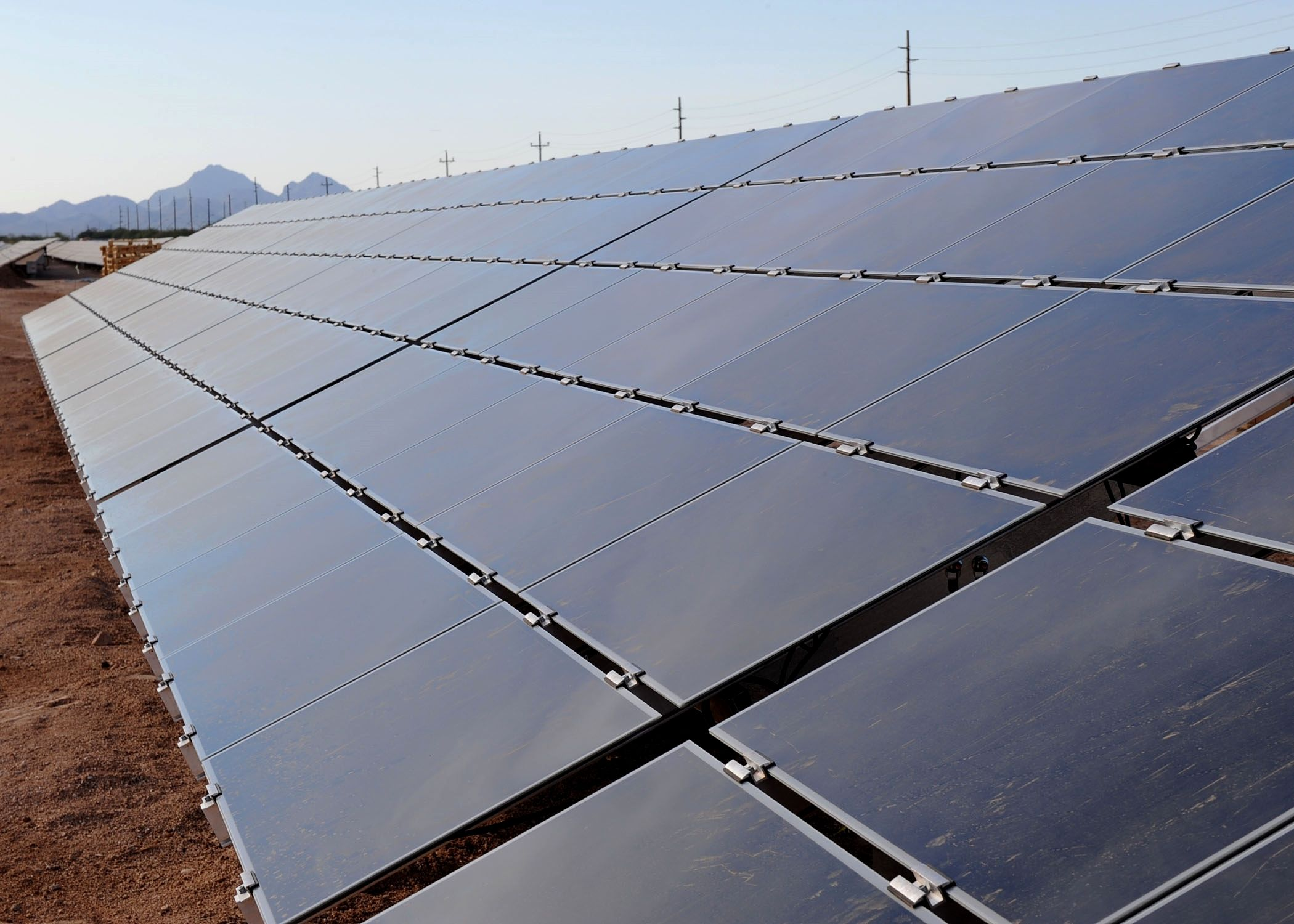 Solar Energy Farm Making The Decision To Go Green By Converting To Solar Powered Energy Is Solar Energy Facts Advantages Of Solar Energy Solar Energy Panels