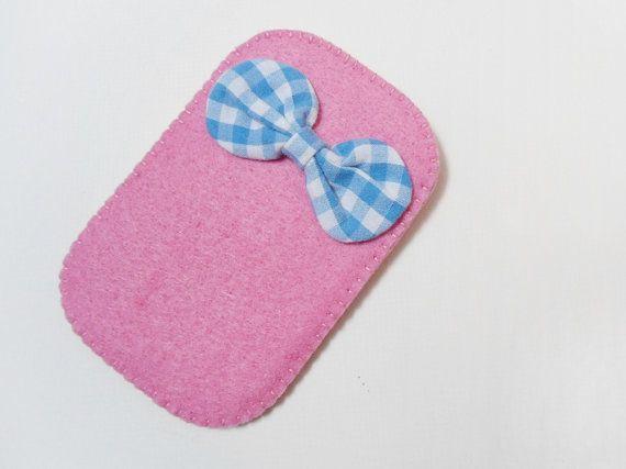 Felt phone case, Handmade pink felt cell case, Blue vichy bow celular case