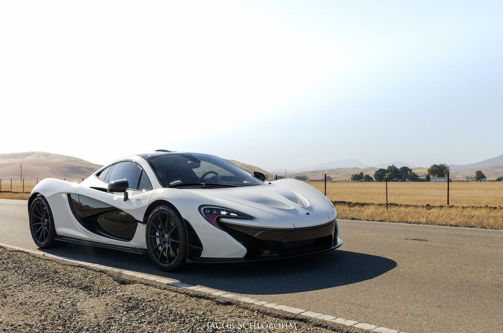 Roadside White Mclaren P1 4495 2977 Hd Wallpaper From Gallsource
