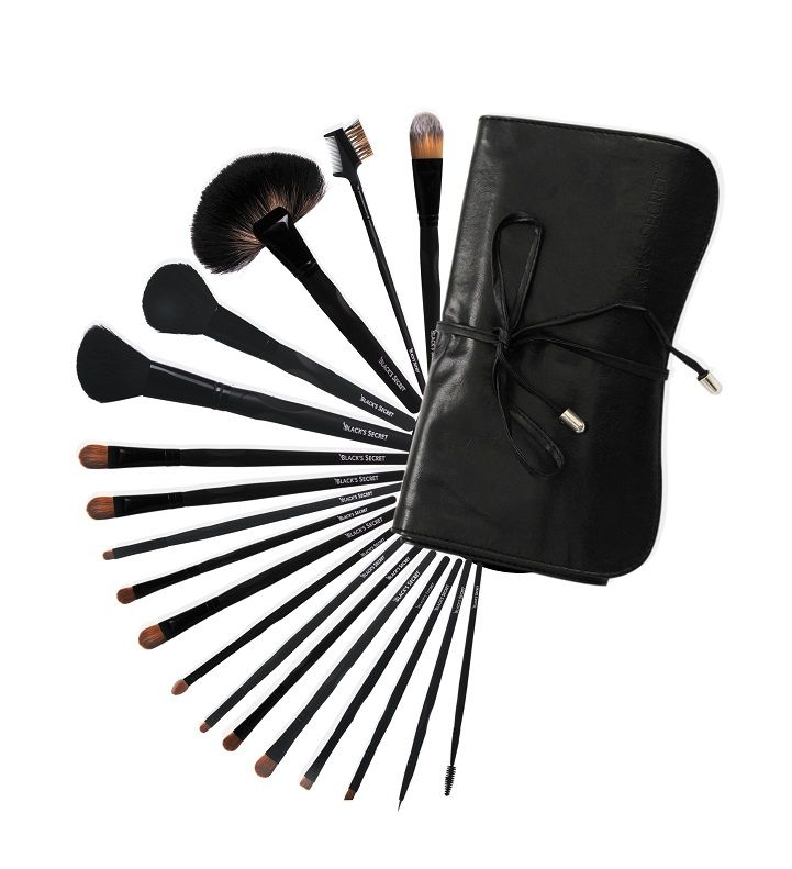 Black Secret Makeup Brushes http://www.blacksecretmakeupuk.com/collections/brushes