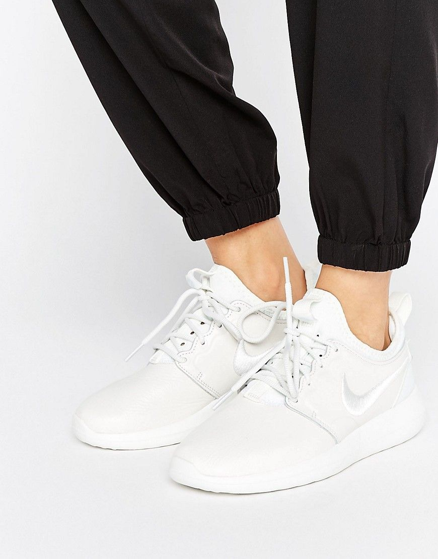 nike roshe two premium leather trainers in white