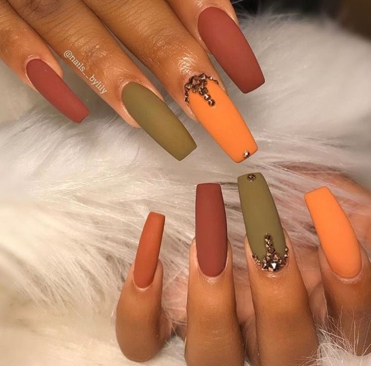 Pin By Monique Robledo On Nails Coffin Nails Designs Fall Nail Colors Fall Acrylic Nails