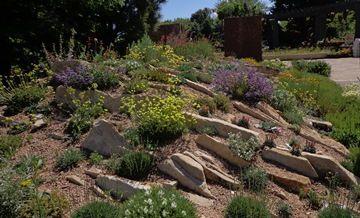 3549f24d57a794107d06c6e158188d95 - Marnie's Pavilion Denver Botanic Gardens
