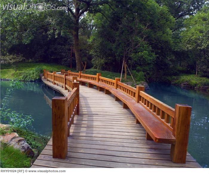wooden Bridges Wood bridge over river, Hang Zhou, China RHY01024 - chinesischer garten brucke