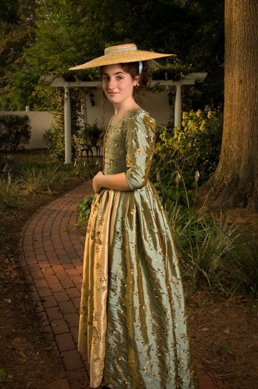 0aef1a38ef2da Ladies  1780s Portrait Dress Pattern