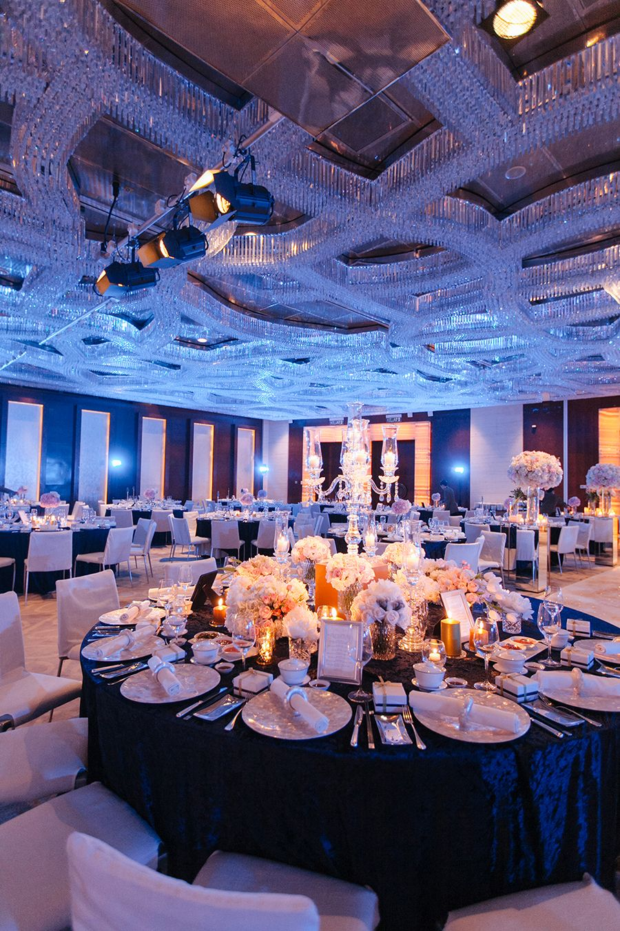 Justin And Melissa S Elegant Wedding At Grand Hyatt Grand Hyatt Hyatt Wedding Wedding