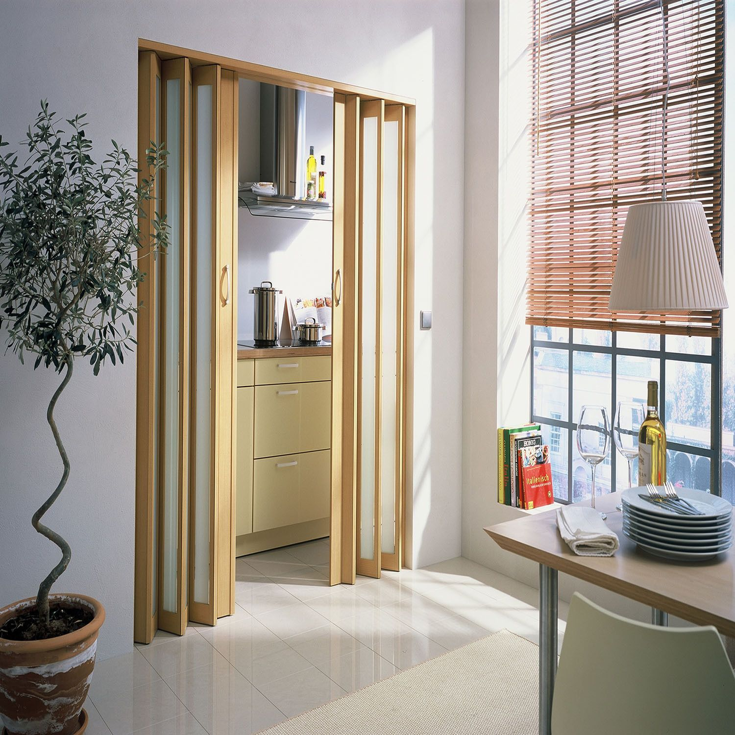 Long Lasting This Metro Folding Door Is Made With A Dual