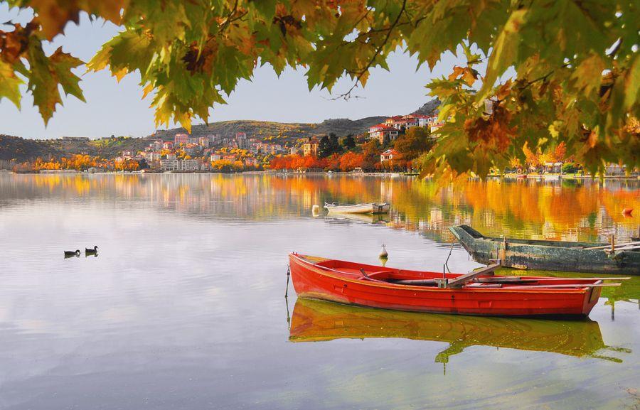 GREECE CHANNEL   #Kastoria, #Greece http://www.greece-channel.com/