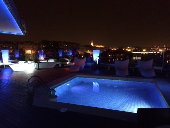 Diez Terrazas En Sevilla Donde Deleitar La Vista Mientras Tomas Una Buena Copa Terrazas Sevilla Vistas