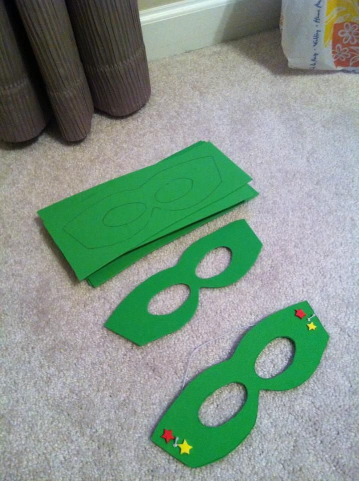 DIY Super Hero masks: Free template printed off line, Foam Sheets