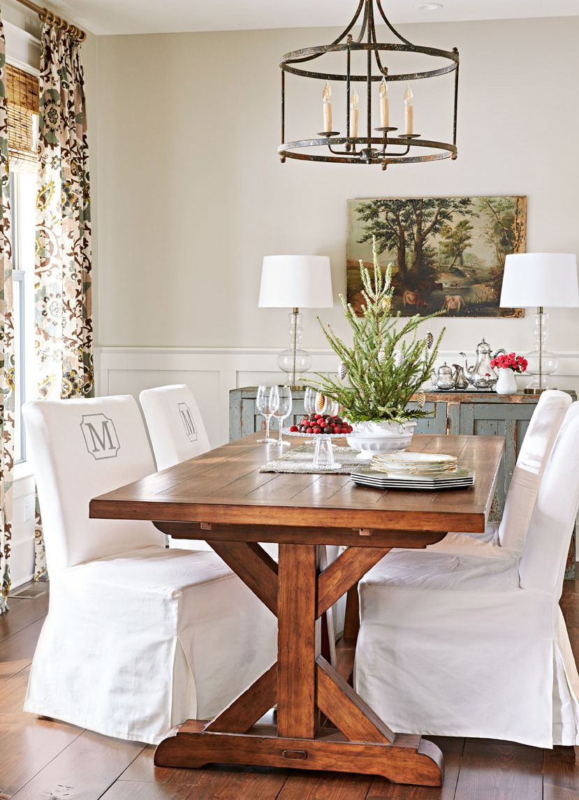 Get Inspired For Your Own Seasonal Decorating With These Beautiful Dining Rooms Decked Out The Holidays