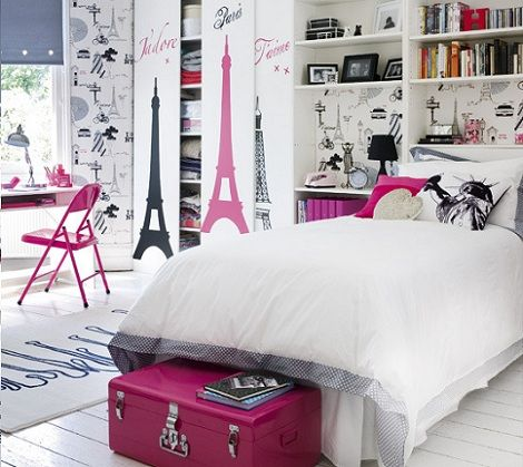 The Theme Of This Room Is Pink Eiffel Tower For S Who Like Paris If You Love Or Something In Must C
