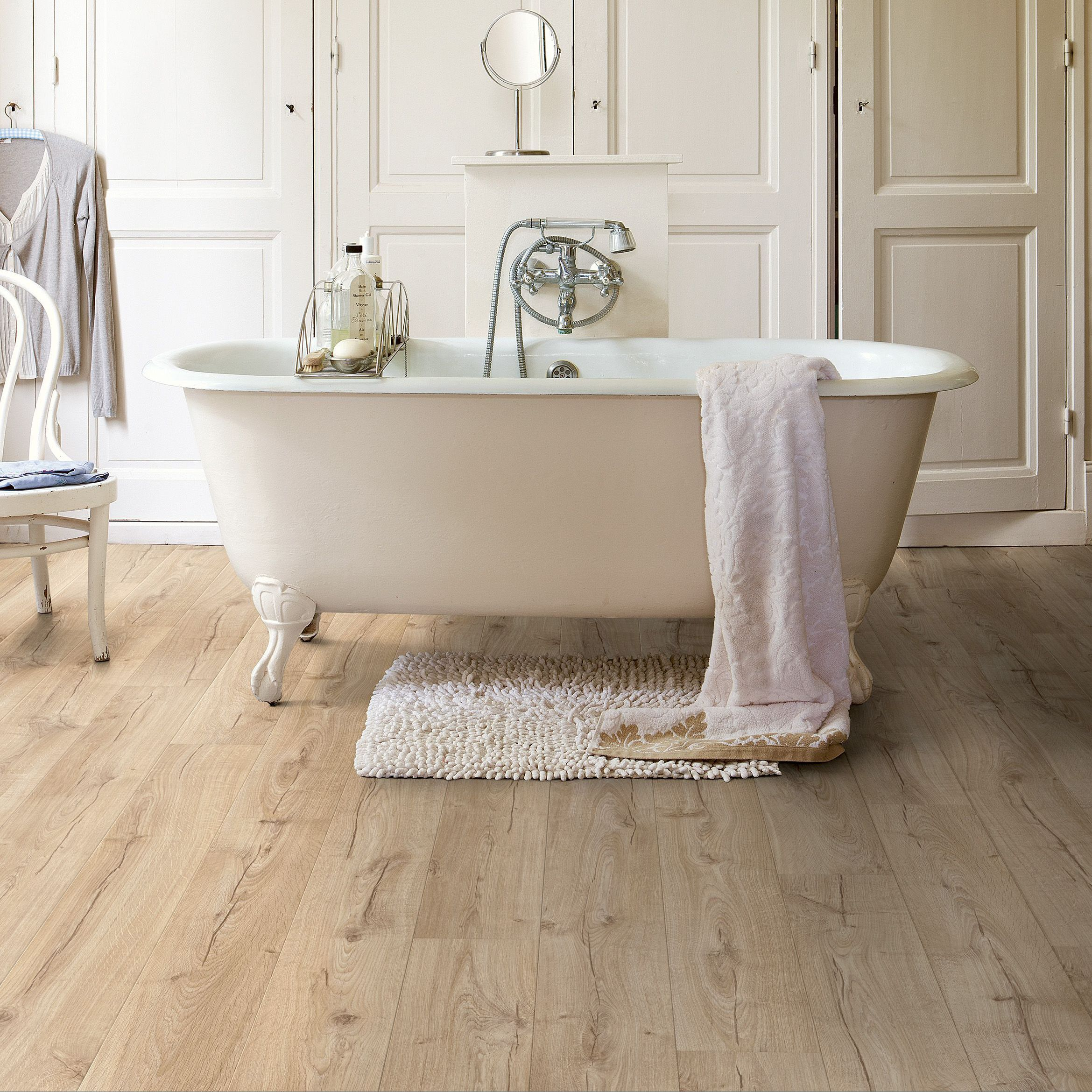 QuickStep Aquanto Natural Oak Effect Laminate Flooring 1