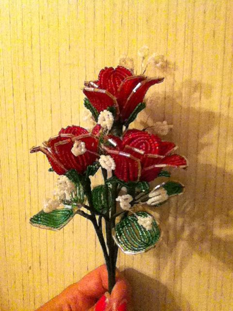 Red beaded rose bouquet