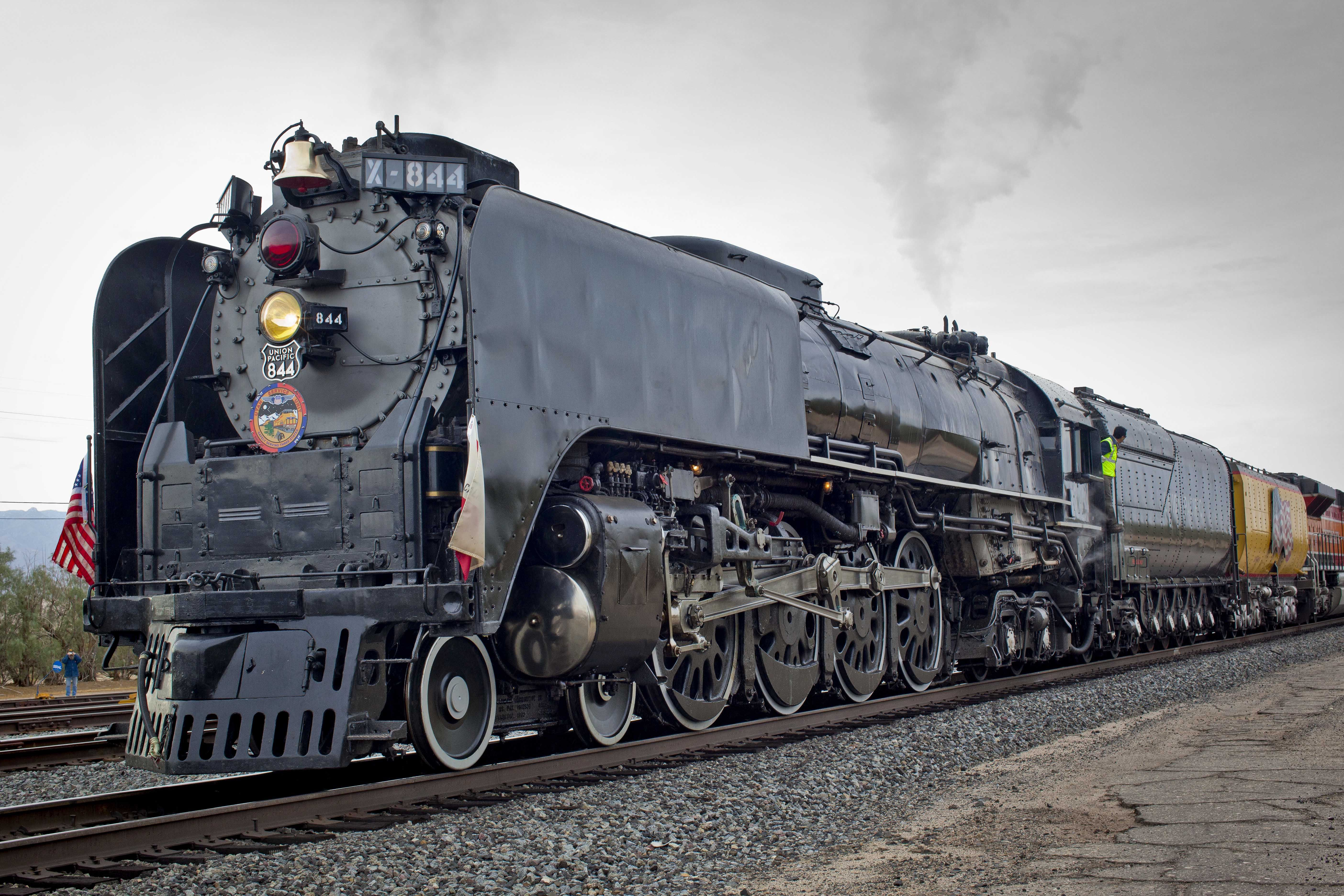 a report on the steam engine in the old locomotives Once revolutionary, the steam engine is now the epitome of old-fashioned  technology but the motors of the industrial revolution have not run.