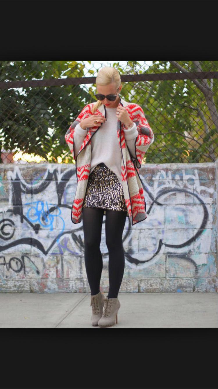 Sequin mini skirt fashion!
