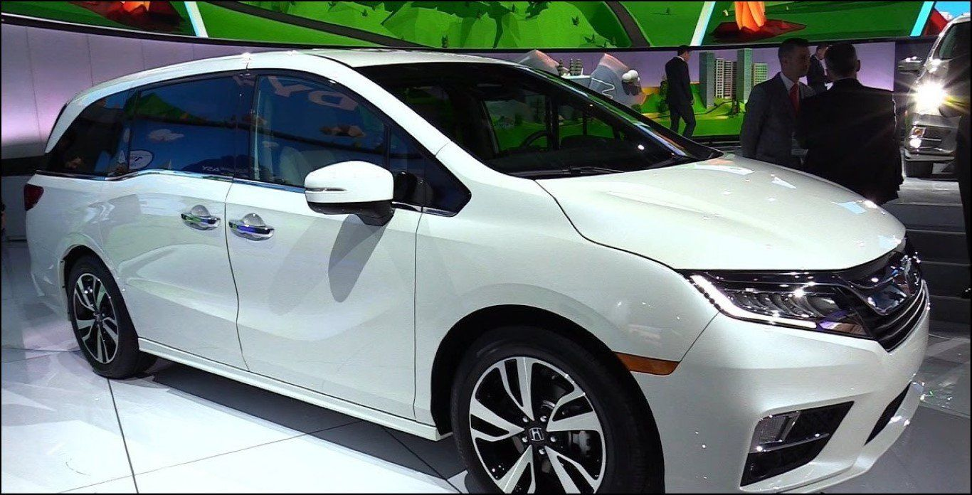 4e949cf6579900 2019 White Honda Odyssey Overview from 2019 Honda Odyssey Touring White - 2019  Auto Suv with 2019 White Honda Odyssey