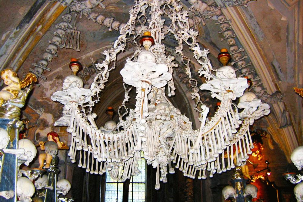 How to see human bone chandelier in Prague in 2020 ...