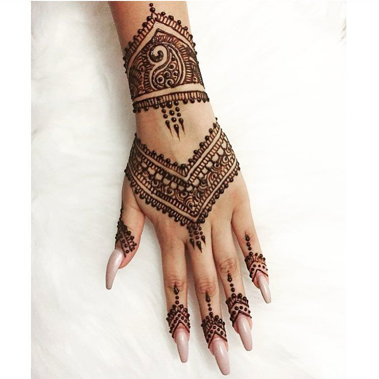 Mehndi Henna By T : Don t wait for the perfect moment take a and make