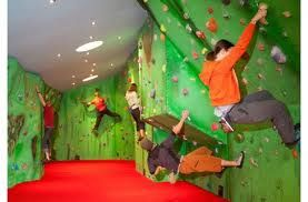 Planning a climb but the rain has put you off? or fancy a practice before the real thing? Keswick Climbing Wall is a short 10 minute drive from LakeSide House and has something to offer for all ages and abilities.
