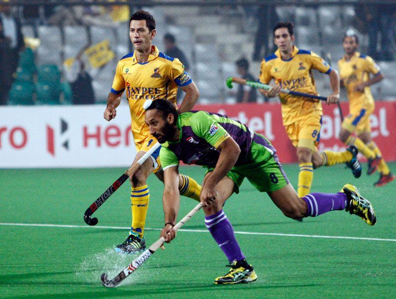 Delhi Waveriders Defeated Jaypee Punjab Warriors 3 0 At The Mdc