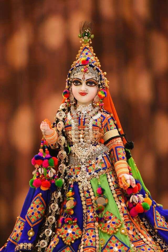 Radha Rani In Rajasthani Attire Radha Krishna Pictures Krishna Radha Radha Rani