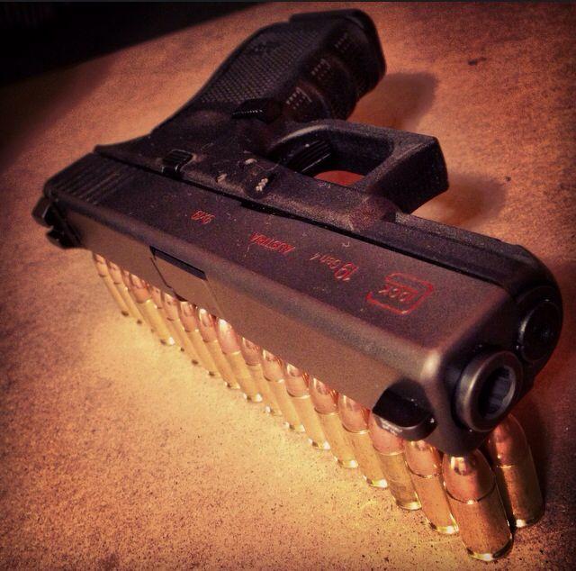 Glock 19 Gen4  Trijicon Night-Sights, Glockworx trigger and