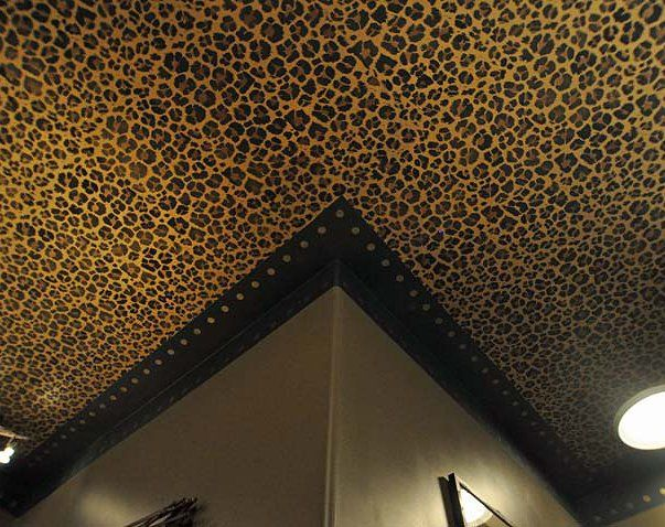 Tom henman is a full service faux decorative painter located in lancaster pa specialized in venetian plaster glazes gilding marble and woodgraining