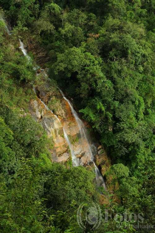 cascada en Bosque Montecristo en Metapán, Santa Ana, #ElSalvador